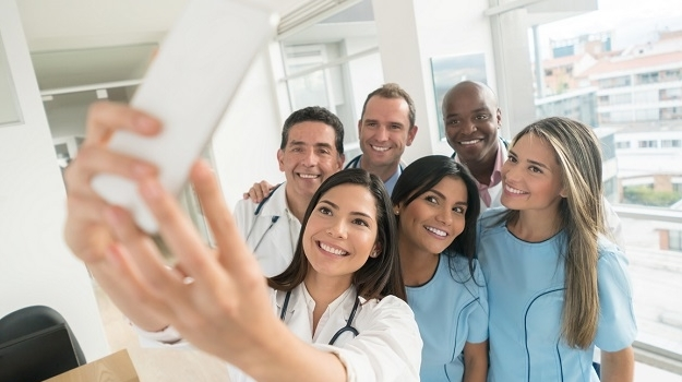 doctors taking group picture