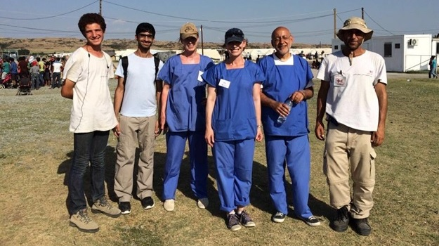 Volunteering with Dentaid in Greece