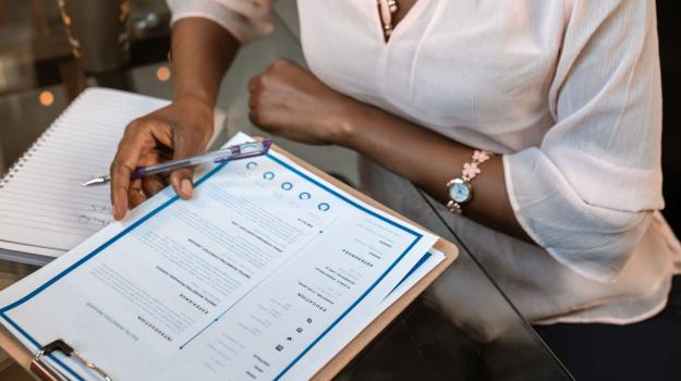 Top 10 CV Tips for Pharma Jobs